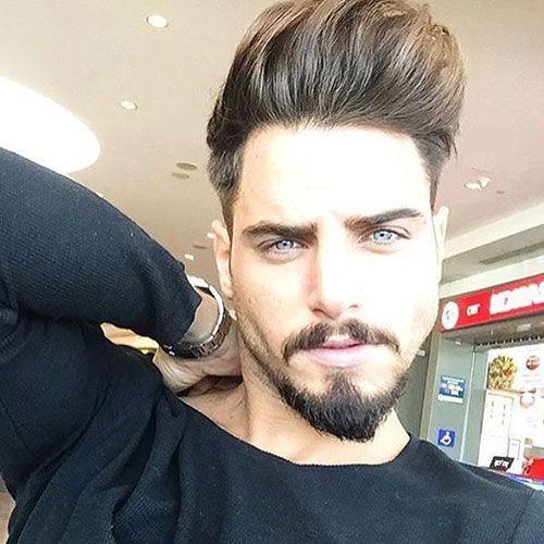 Борода «Якір» добре поєднується з високими зачісками