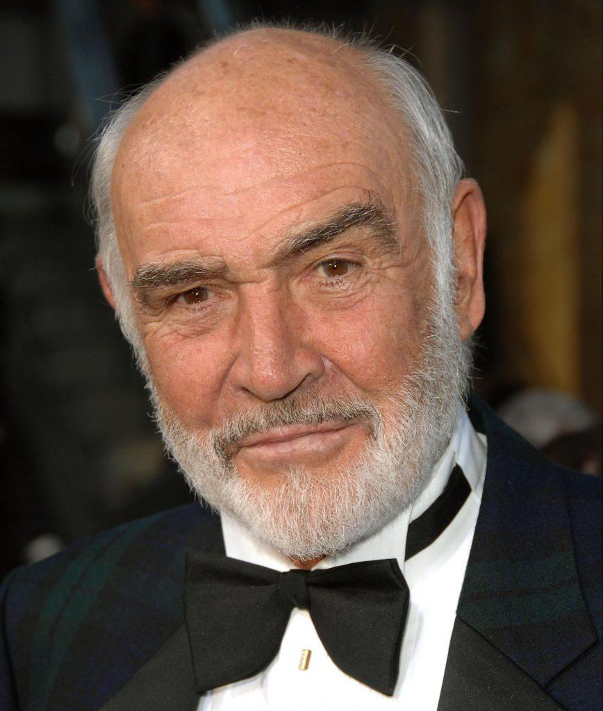 Борода в стилі Шона Коннері — коротка борода з акуратними тонкими контурами з боків. Популярністю не поступається кращому з Агентів 007