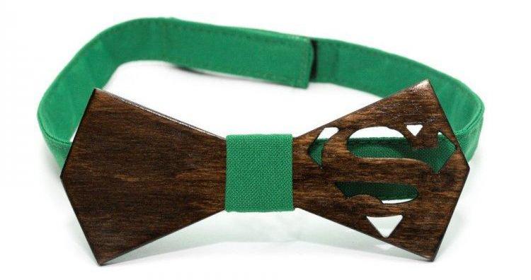 Деревянная галстук-бабочка Супермен