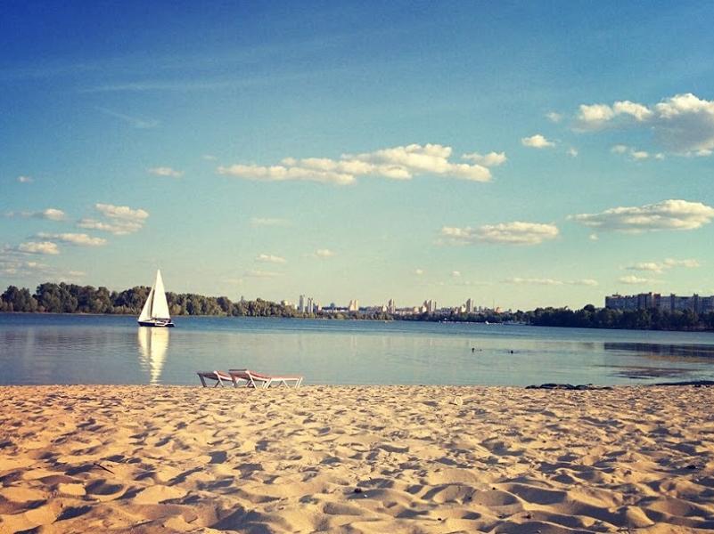 Пляж на Приречной