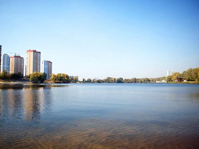 Озеро Небреж на Осокорках