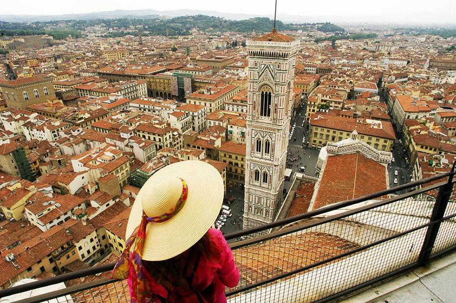 Флоренция – город-музей со множеством картинных галерей мира, церквей, дворцов, соборов, музеев.