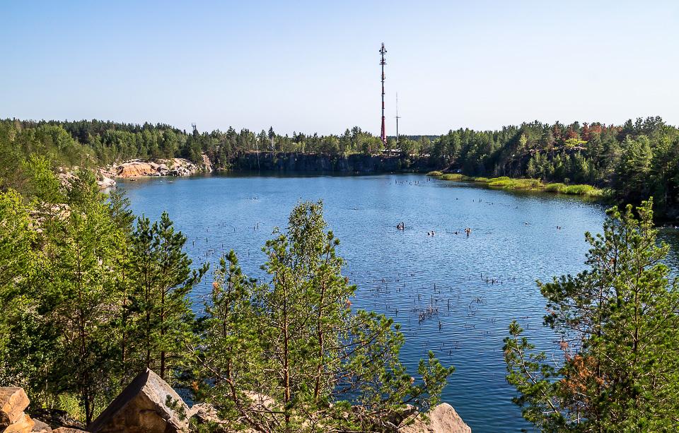 Рыбалка на озере Гранитный карьер