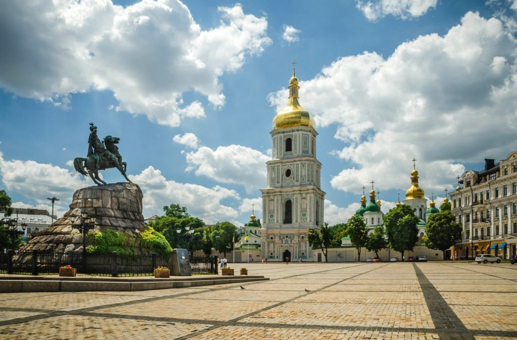 Колокольня Софии Киевской с площади
