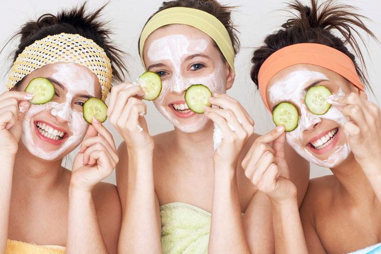 Питательные и увлажняющие маски в холодный период