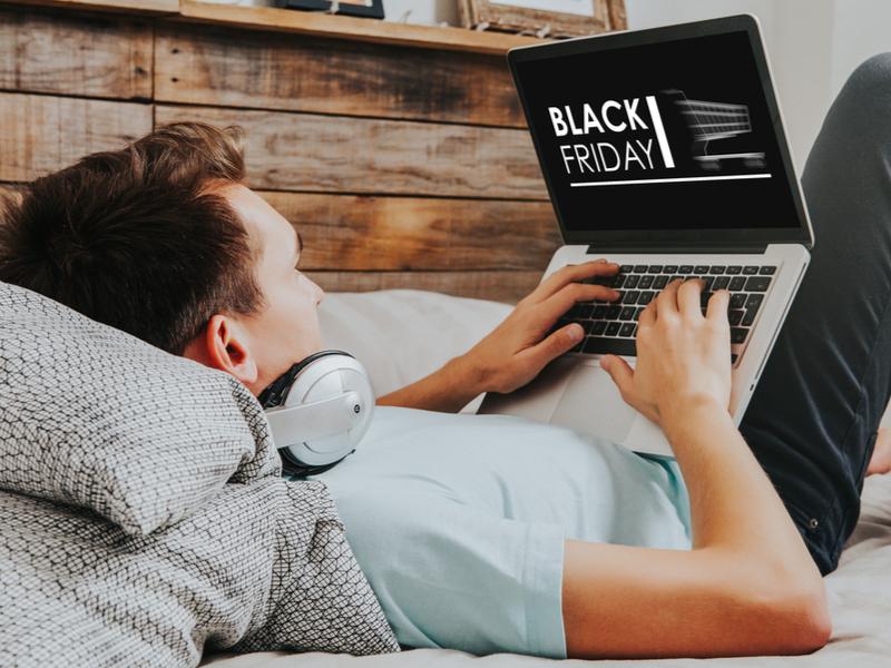 Покупать через интернет здорово экономит время