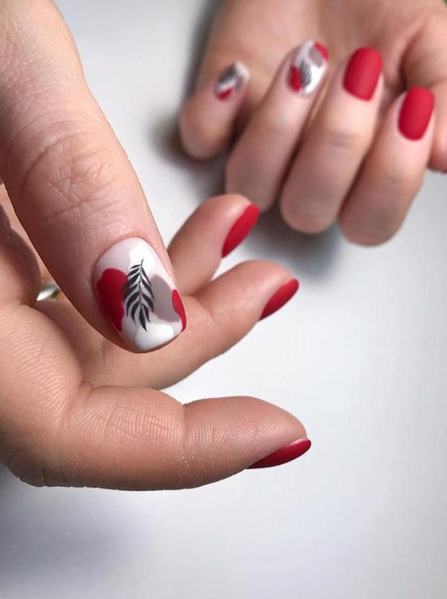 Наклейки на ногти 10