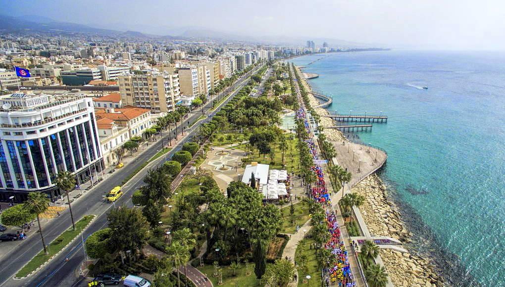 Лімасол – друге за величиною місто Кіпру, 60 км від аеропорту Ларнаки і 66 км від аеропорту Пафосу