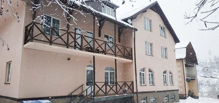 Мини-отель «Дзвинка» в Славском – отдых недорого на горнолыжном курорте