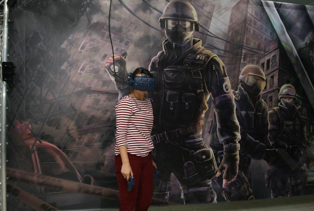Перевоплощение в персонажа игры с помощью VR-очков