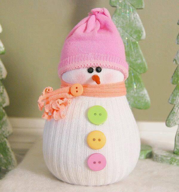 Простой снеговик из носка