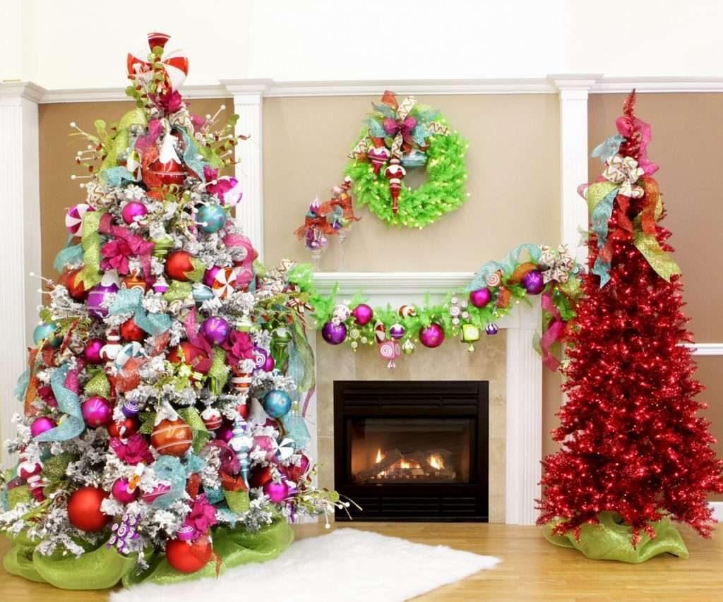 Новогодние украшения всех цветов радуги