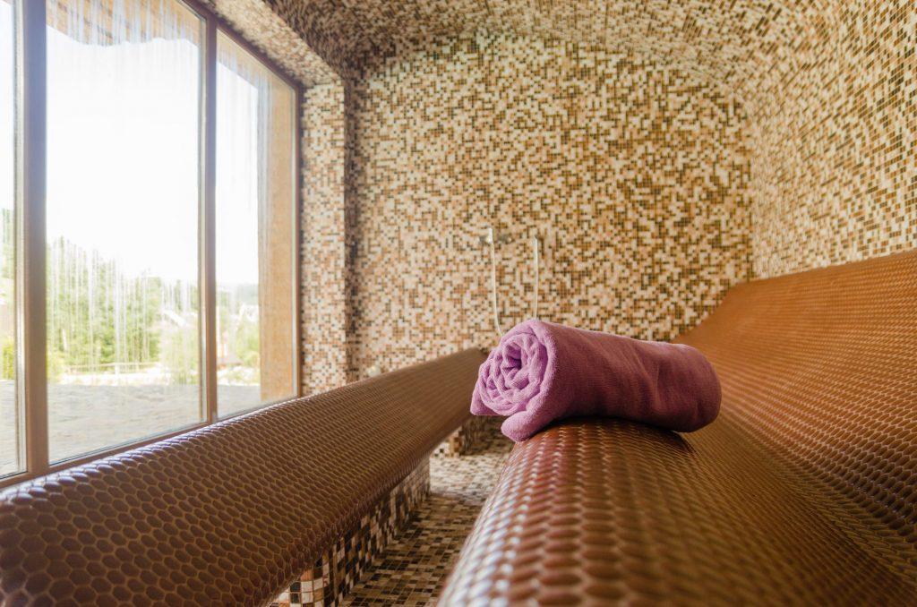 Турманиевый хаммам для полезного семейного релакса в отеле «Monastic»