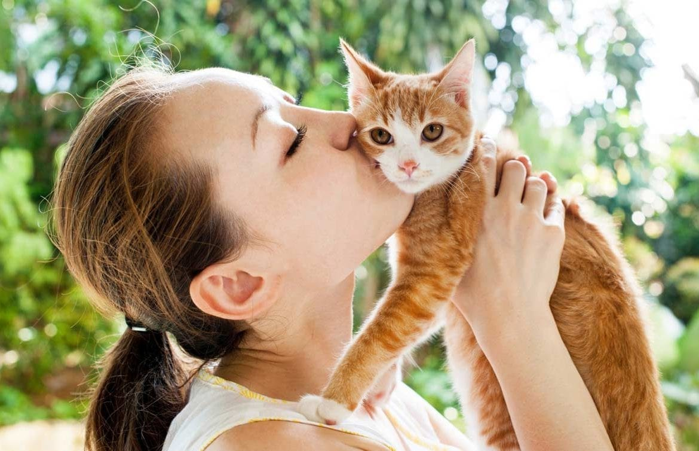 вы целуете своих домашних животных фото два