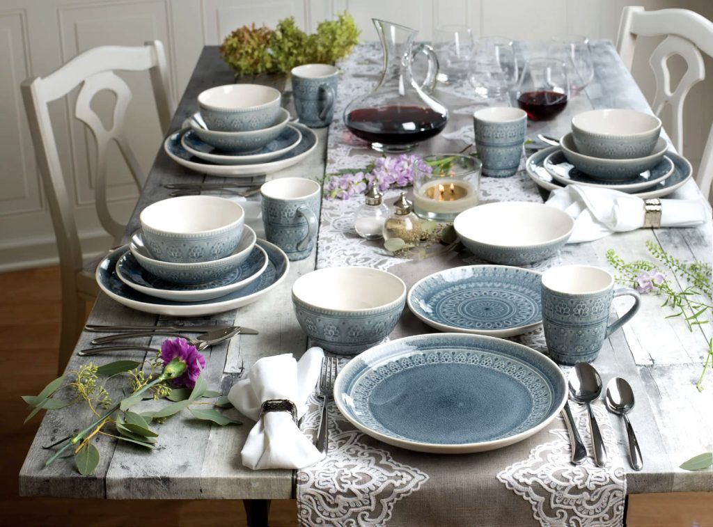 Красивий посуд люблять мало не всі мами