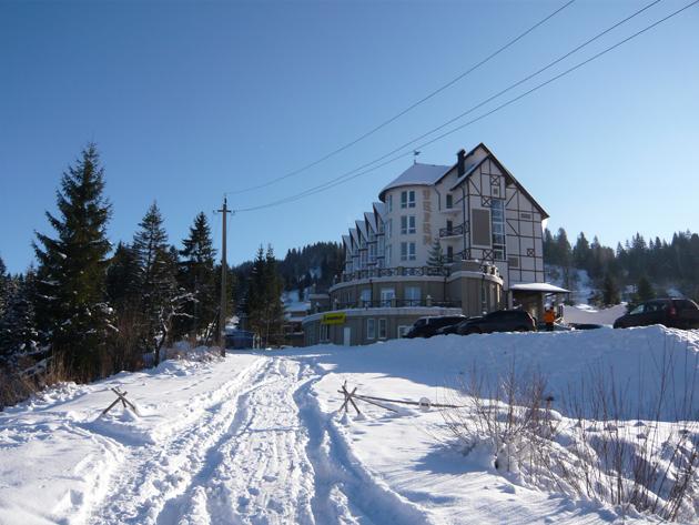 Отель «Терем» в Славском зимой