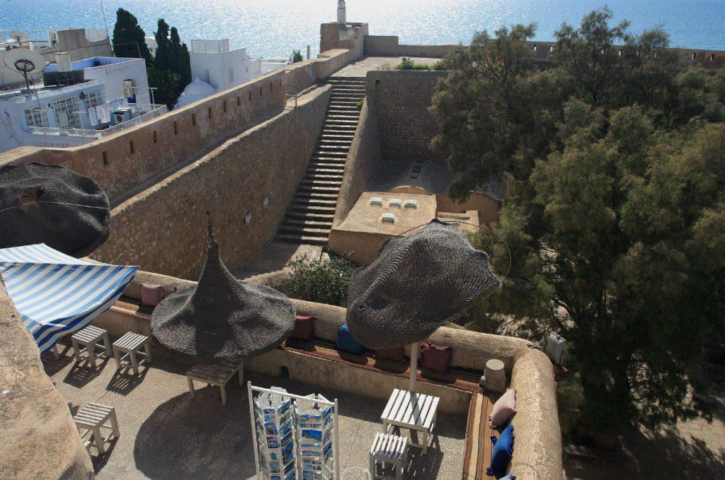 Навряд чи варто сподіватися, що Середземне море в квітні в Тунісі буде теплим