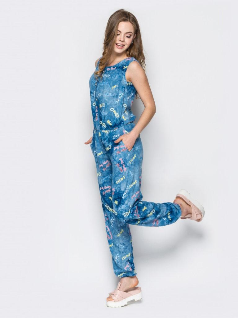 Джинсовые комбинезоны – идеальный вариант для летнего гардероба