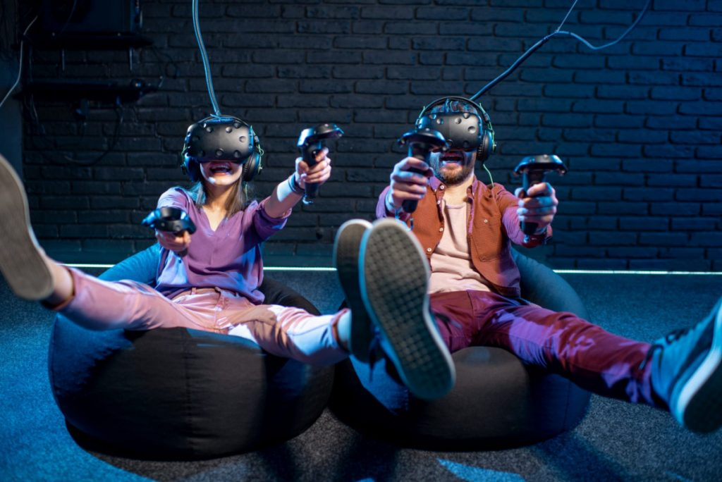 Чтобы ощутить себя героем увлекательной истории, достаточно просто зайти в VR-клуб