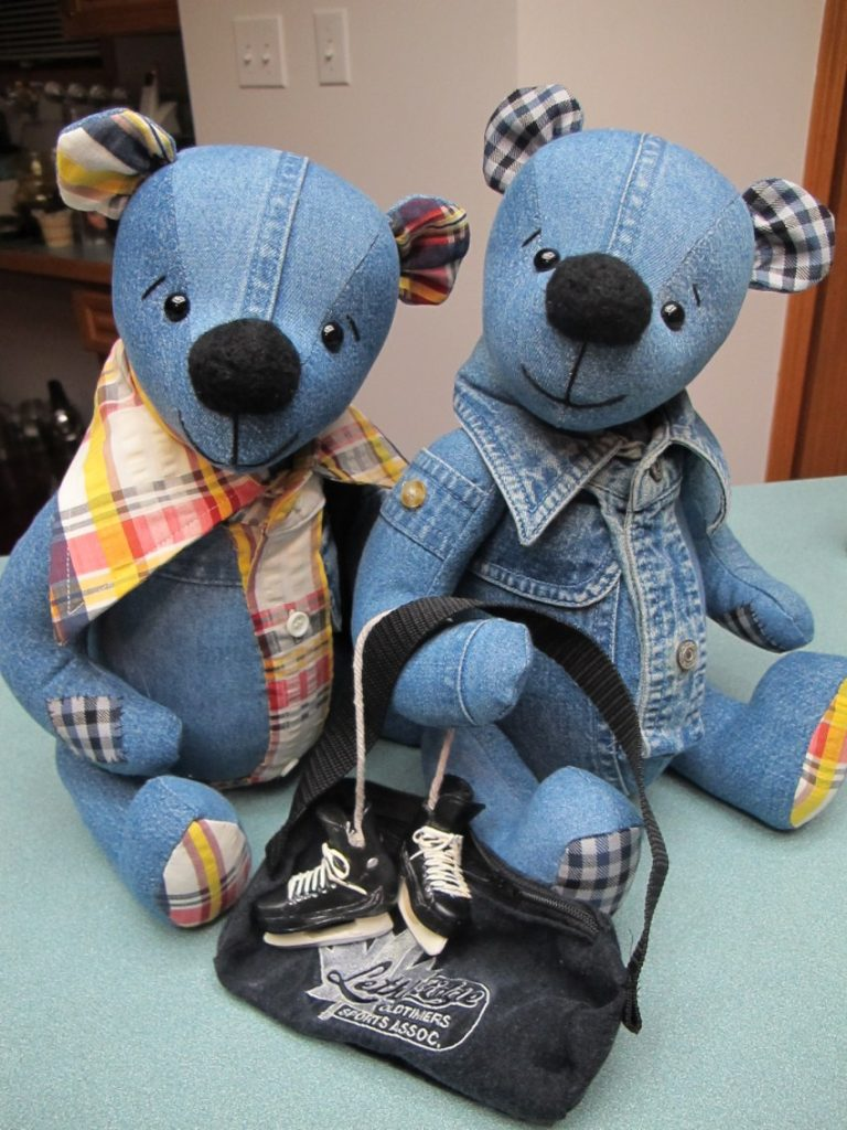 Джинсовым игрушкам – джинсовые одежки