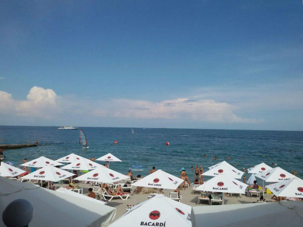 Пляж «Дельфин»