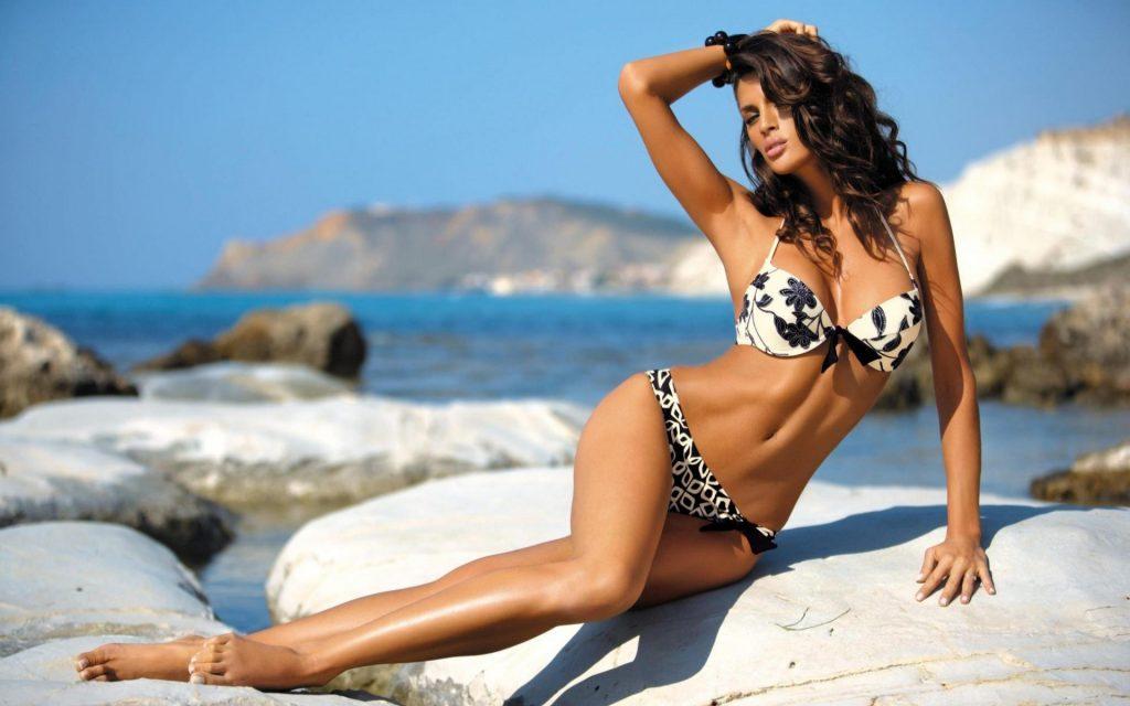 Модні купальники 2020: вибираємо ідеальний пляжний look на будь-яку фігуру