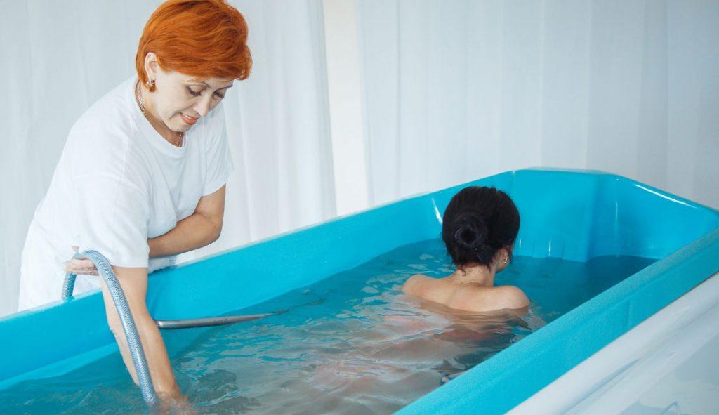 Оздоровительные процедуры в санатории «Срибный водограй» в Поляне