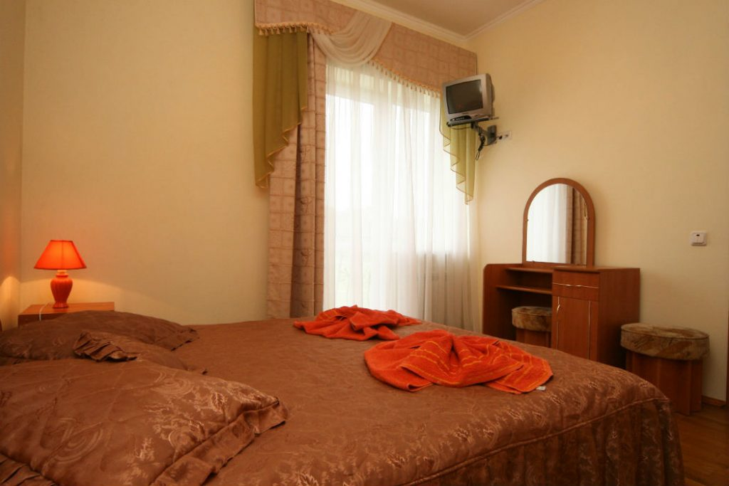 Полулюкс в отеле «Виан»
