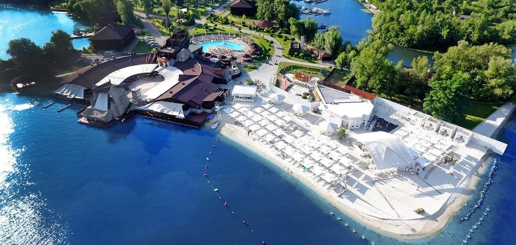 Готель «Bartolomeo Best River Resort»