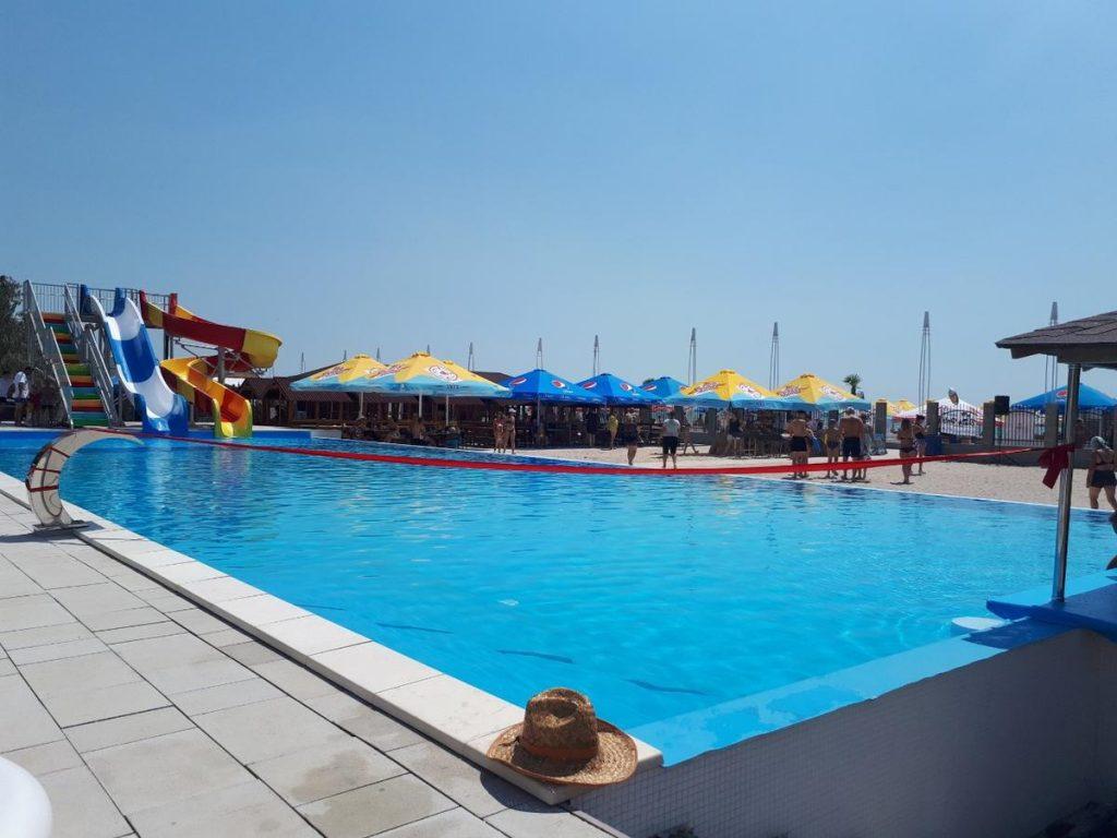 Бассейн отеля Пляжный