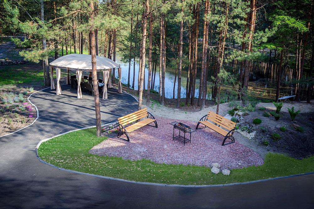 На территории загородного комплекса «Сосновель» под Киевом