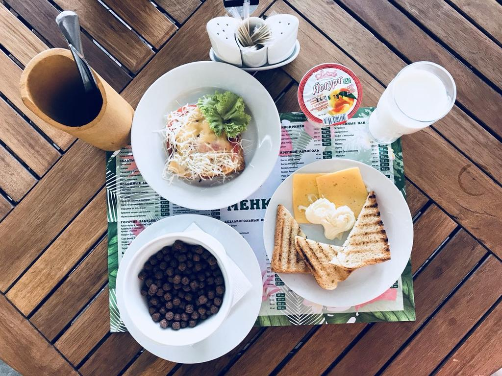 Не только красивые, но и сытные завтраки в отеле «Аквапарк Коблево»