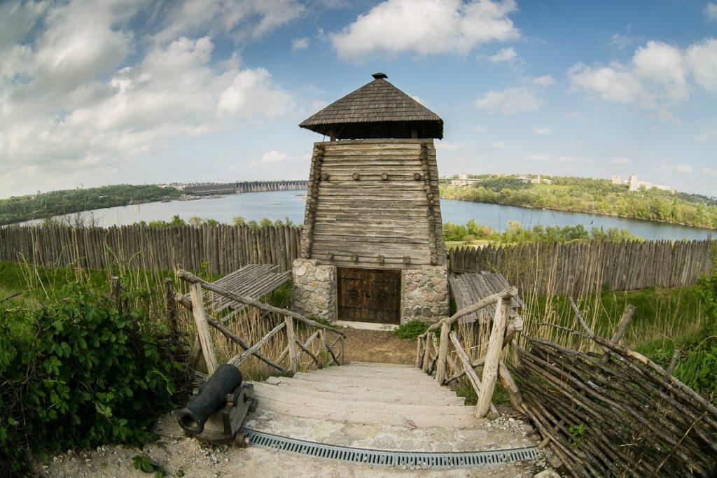 Башня на Хортице