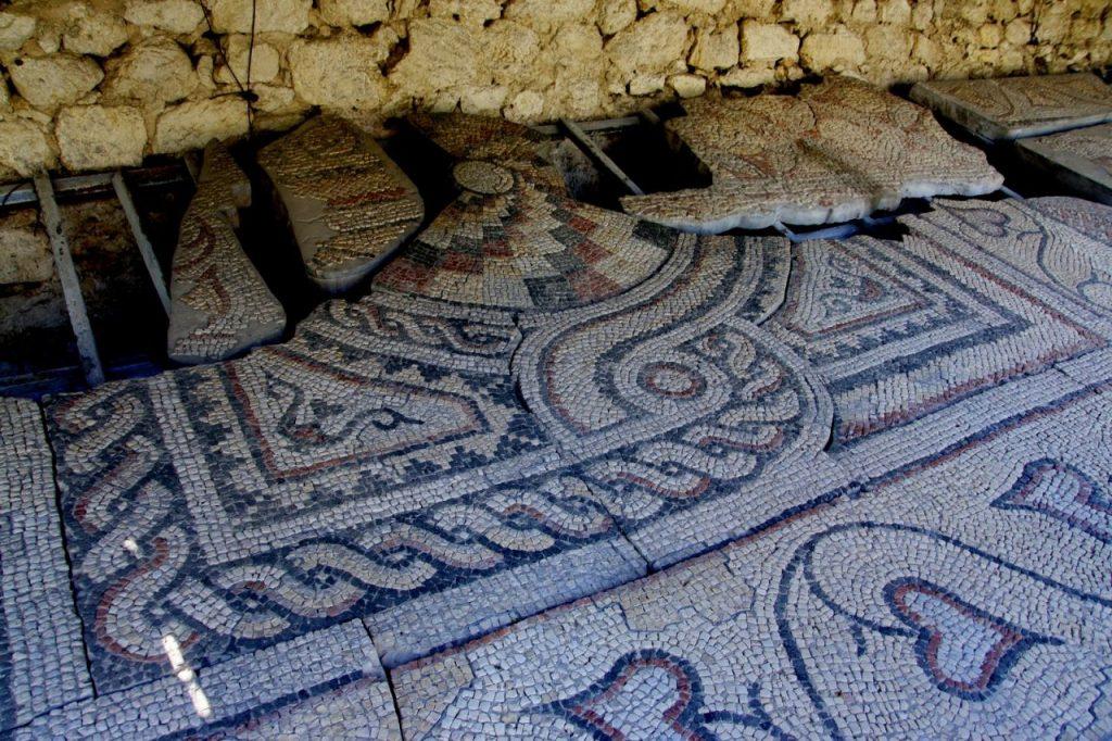 Образец мозаичного пола в Херсонесе