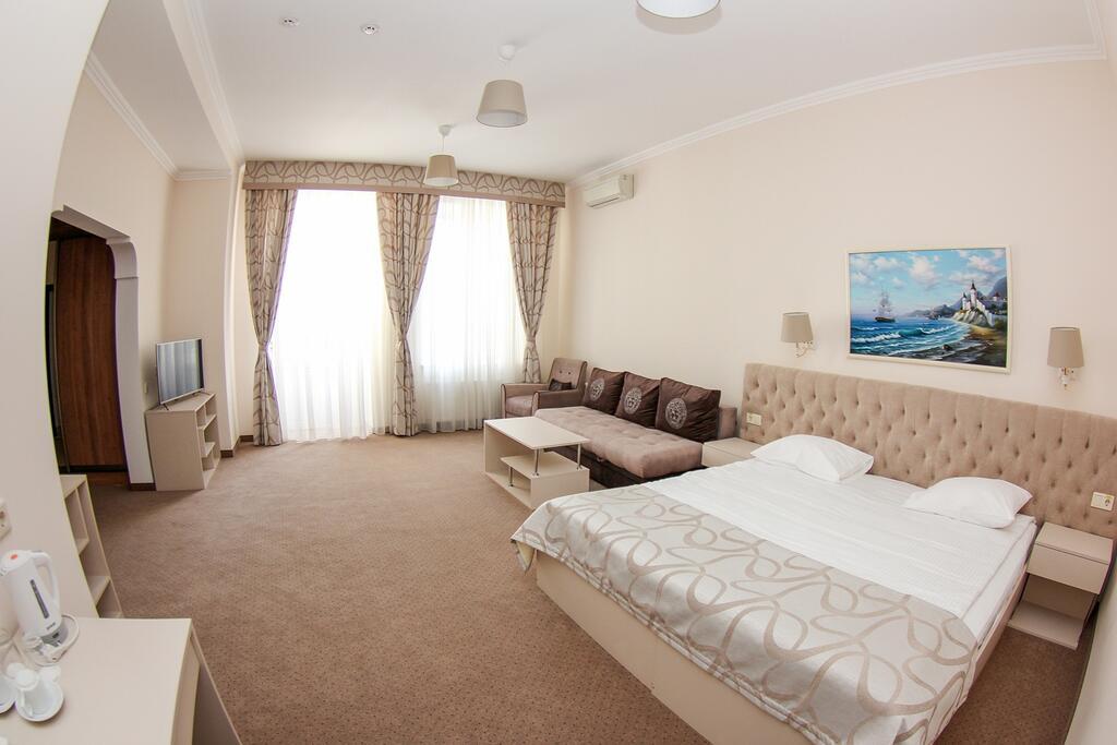 «Victory Star Hotel» в Одессе