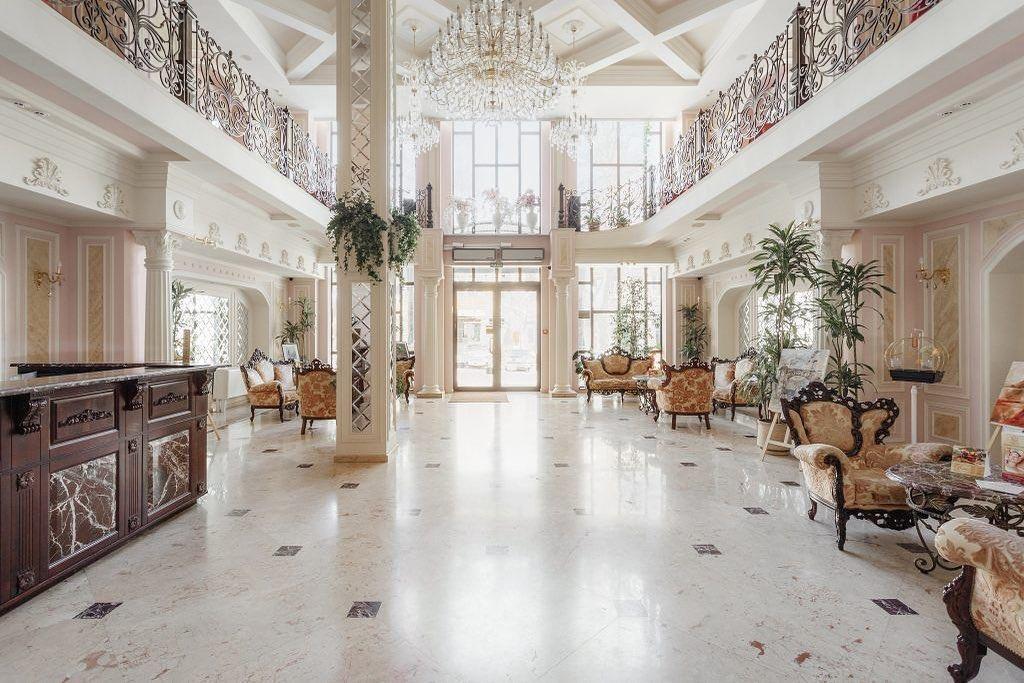 Холл бутик-отеля «Калифорния 5*»