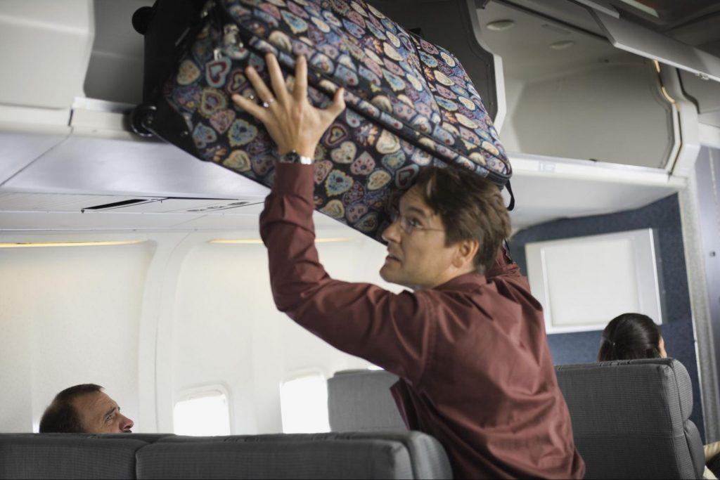 Помните, что нарушение правил авиакомпании по перевозке багажа или ручной клади всегда сулит в первую очередь дополнительными финансовыми затратами