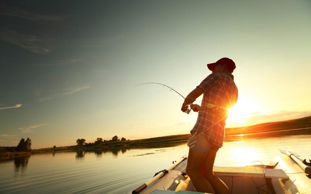 подарить мужу сертификат на рыбалку