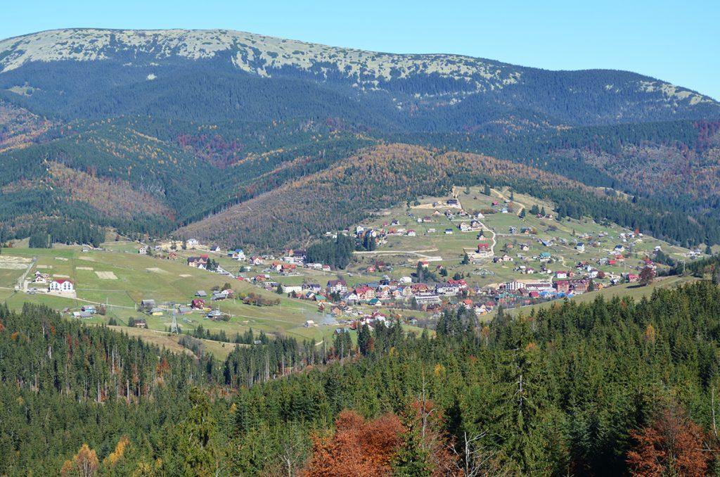 Вид на Буковель со смотровой площадки