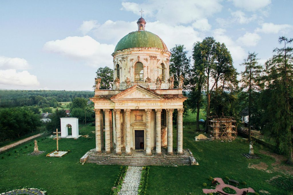 Костел Воздвижения и святого Иосифа в Подгорцах