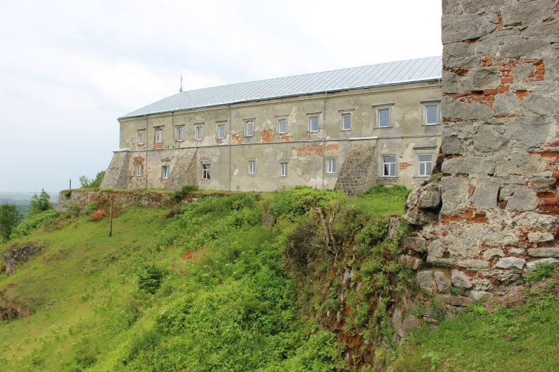 Келейный корпус монастыря в Подкамене