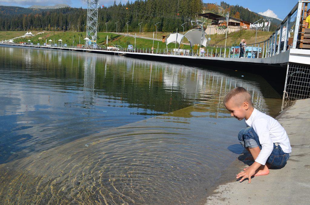 Озеро Молодости с экстремальными развлечениями: троллей, роуп джампинг