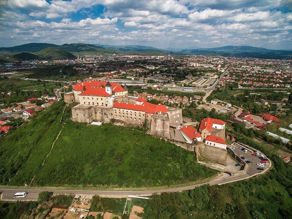Замок Паланок на Закарпатье