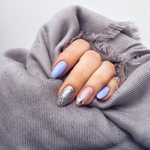 Глиттер и камифубуки в дизайне ногтей