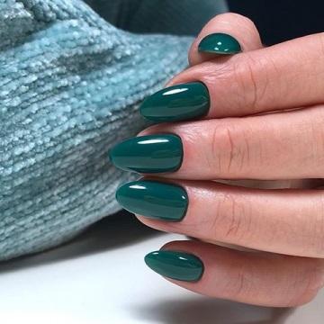 Глибокий ультрамариновий зелений відтінок прекрасний без додаткового декору