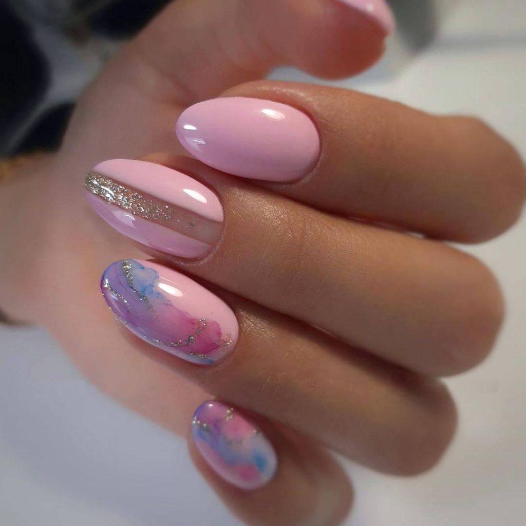 рожевий дизайн з абстрактними візерунками