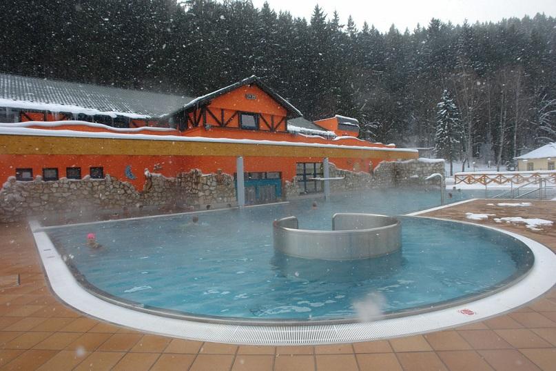 Термальний басейн