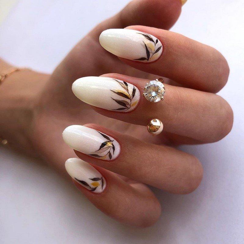Флористичний дизайн нігтів