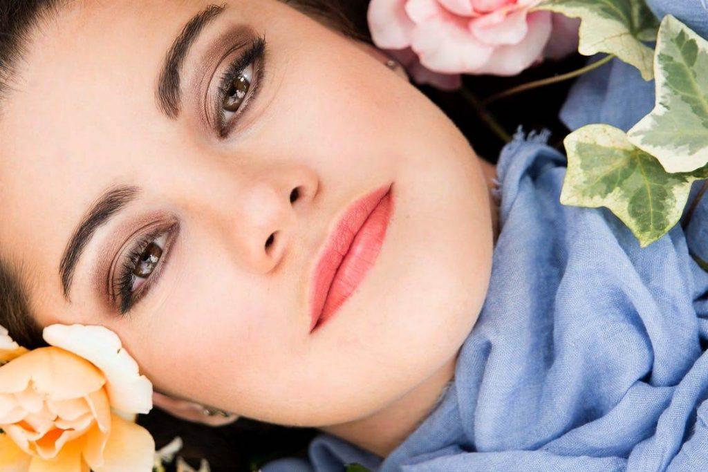 портрет у квітах