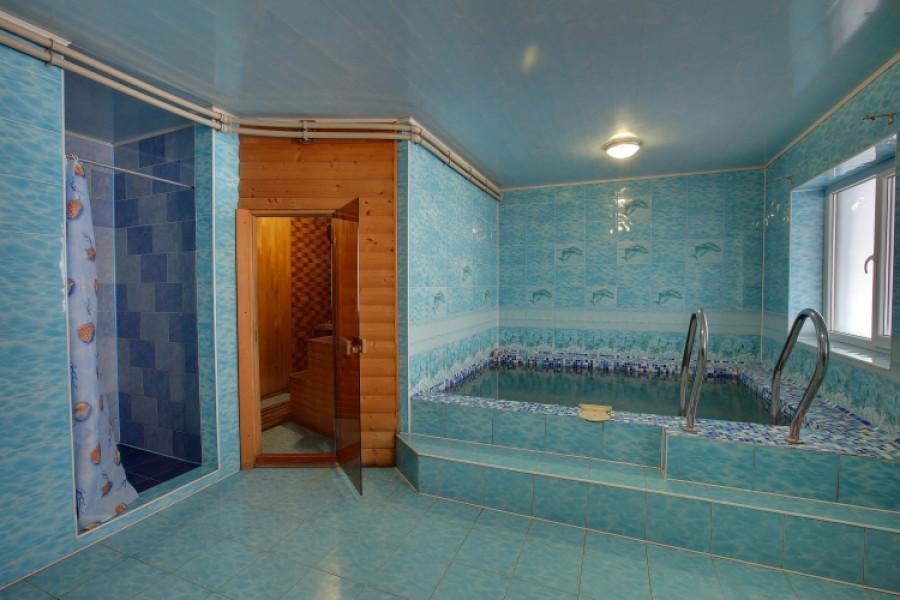 Сауна з басейном в готелі «Греку», Буковель